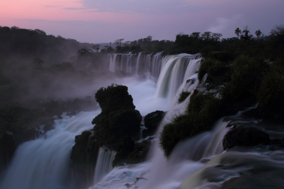 iguazu falls at sunrise IMG_5748