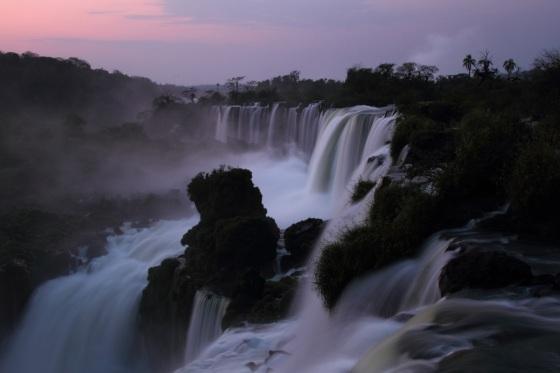 iguazu falls at sunrise IMG_5748
